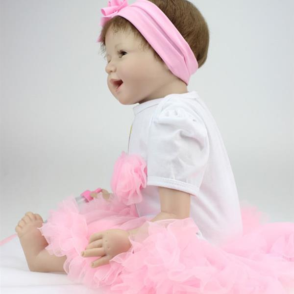"""Pink Princess Skirt Fashionable Play House Toy Lovely Simulation Baby Doll with Clothes Size 22"""""""