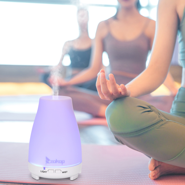 Zokop 2368yk 110V 11W 200ml Aroma Diffuser White Plastic Independent with White Remote Control Colorful Light